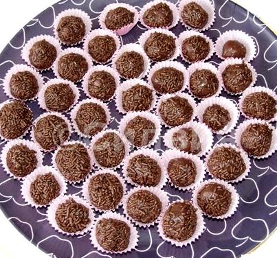 """Класически бразилски бонбони """"Бригадейро"""""""